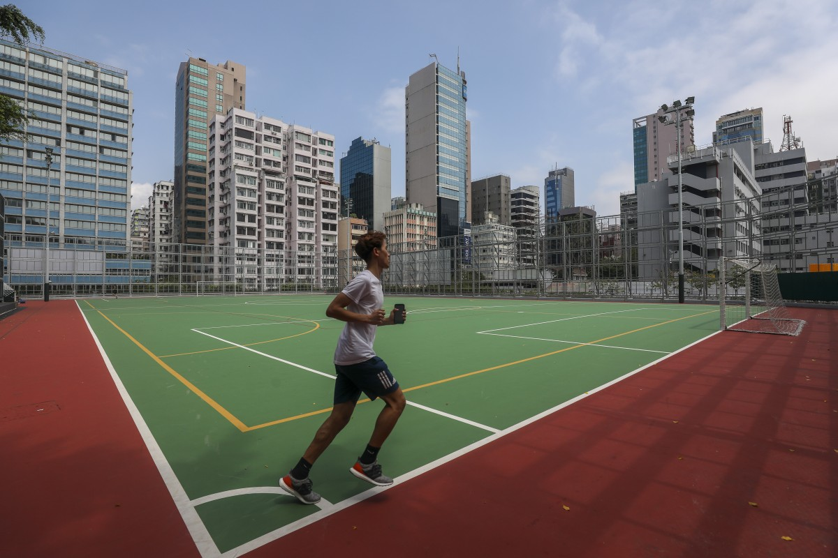Achilles injuries are common among runners but there are a number of easy remedies. Photo: Xiaomei Chen
