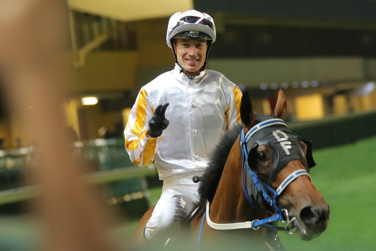 Antoine Hamelin returns to scale after winning aboard Surrealism at Happy Valley on Wednesday night. Photos: Kenneth Chan