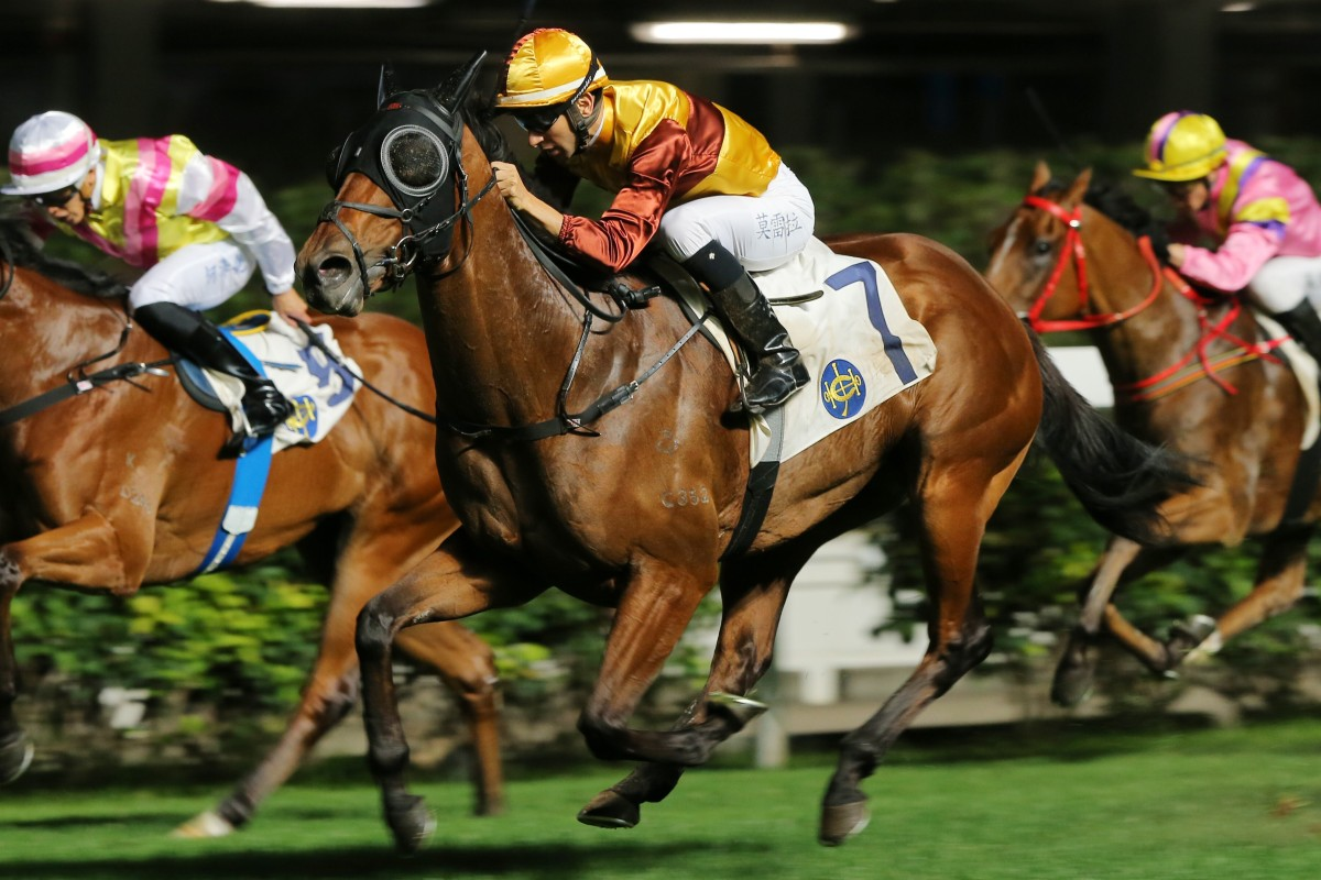 Joao Moreira guides Simply Fluke to victory at Happy Valley last month. Photos: Kenneth Chan