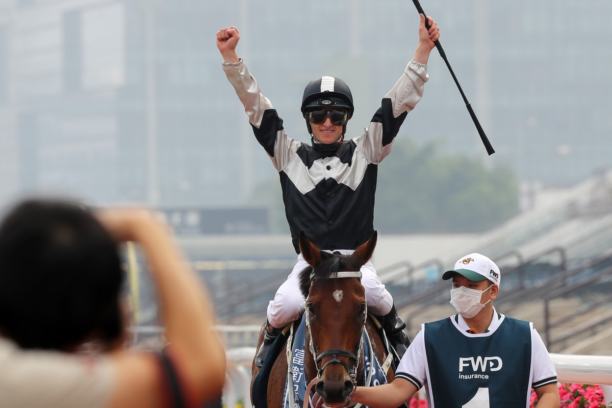 Zac Purton returns after winning the QE II Cup on Exultant at Sha Tin. Photos: Kenneth Chan