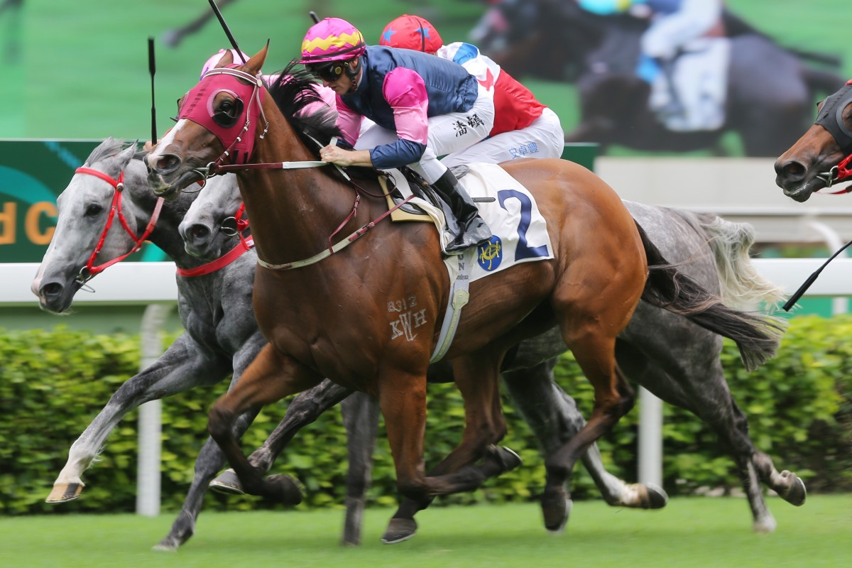 Thanks Forever takes out the Sha Tin Vase on Sunday. Photos: Kenneth Chan