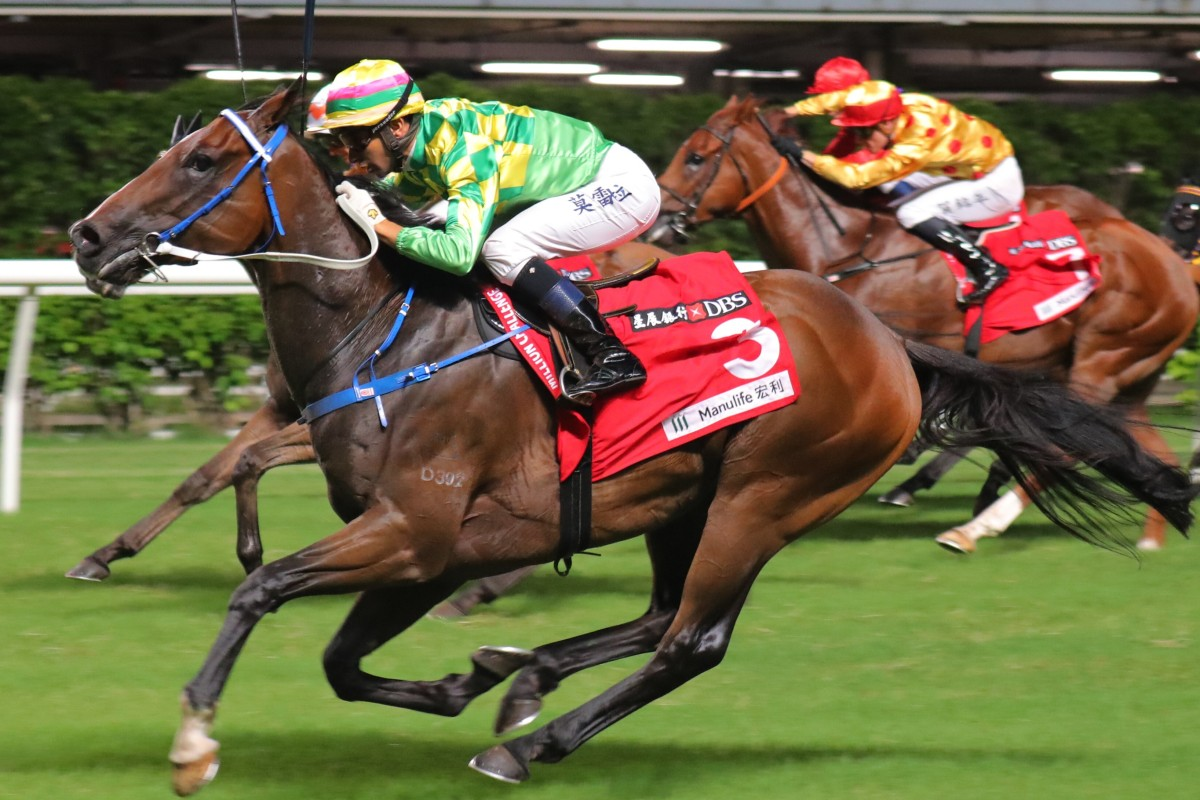 Green Aeon wins at Happy Valley under Joao Moreira. Photos: Kenneth Chan