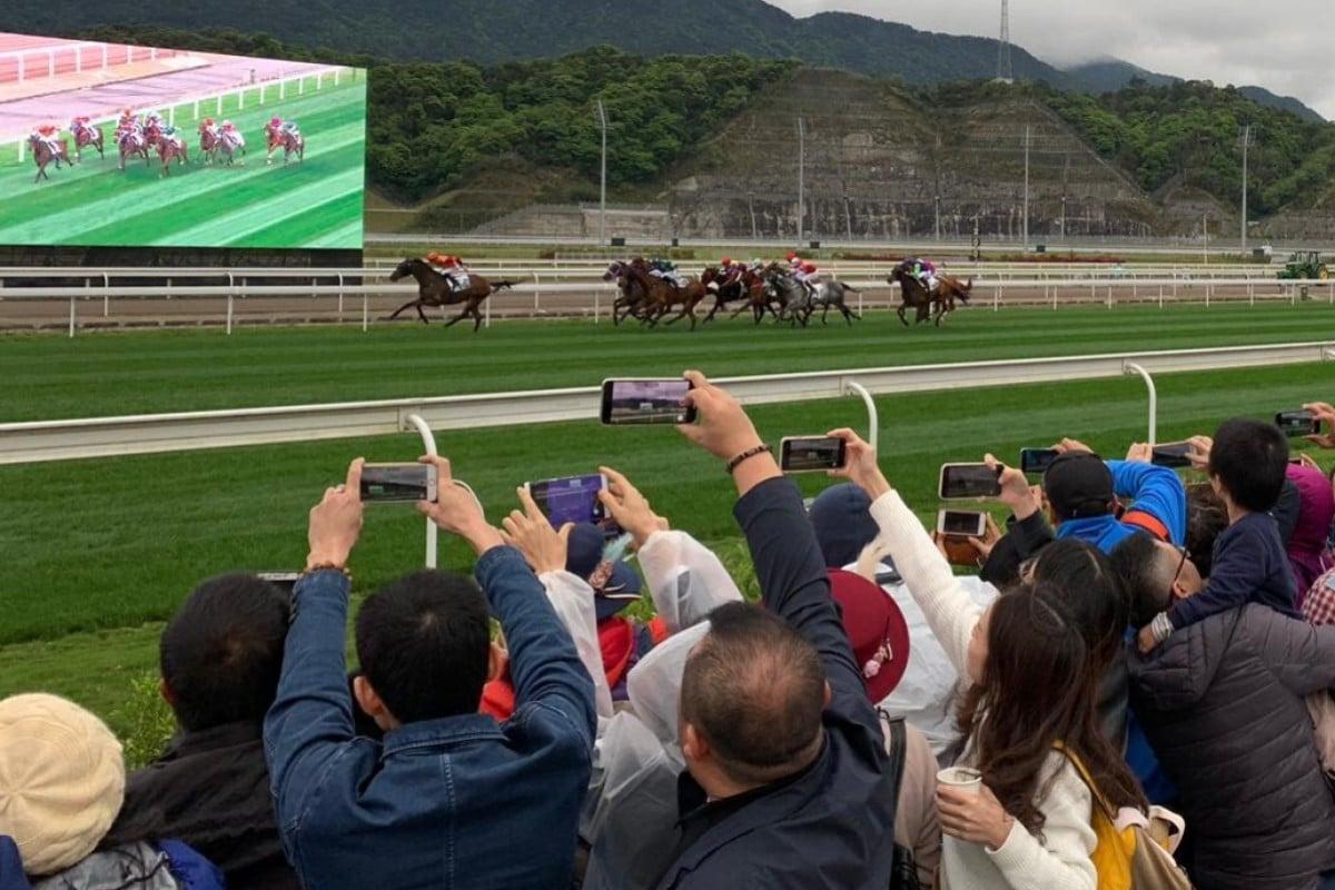 Racing fans at Conghua racecourse. Photo: Noel Prentice