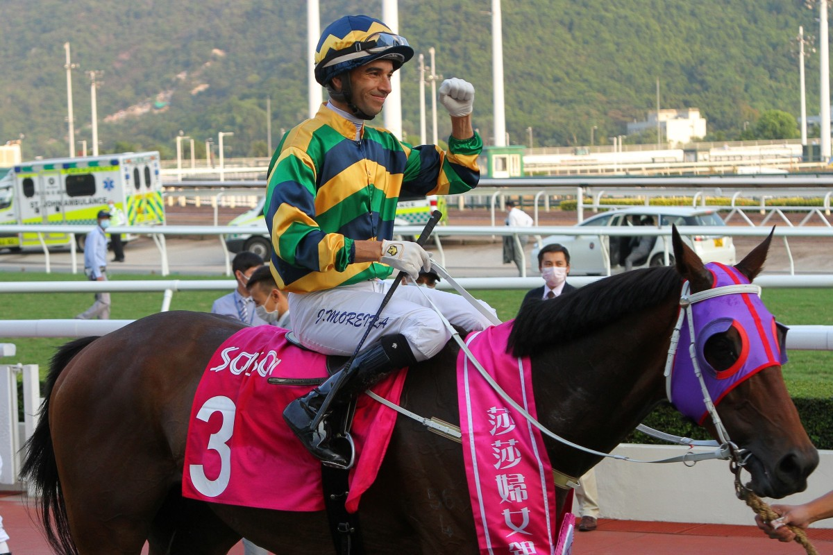 Joao Moreira celebrates after Furore returns to the winner's circle after the Group Three Sa Sa Ladies' Purse. Photos: Kenneth Chan