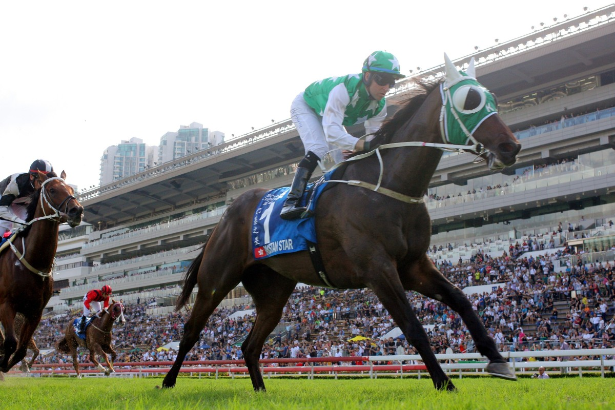Pakistan Star wins the Group One Champions & Chater Cup (2,400m) at Sha Tin. Photos: Kenneth Chan