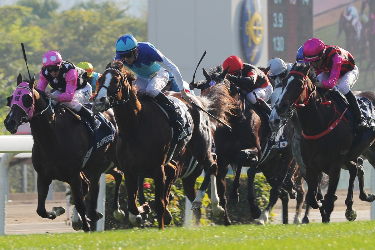 Admire Mars (middle) beats Waikuku (right) and Beauty Generation (left) in last year's Hong Kong Mile. Photo: Kenneth Chan