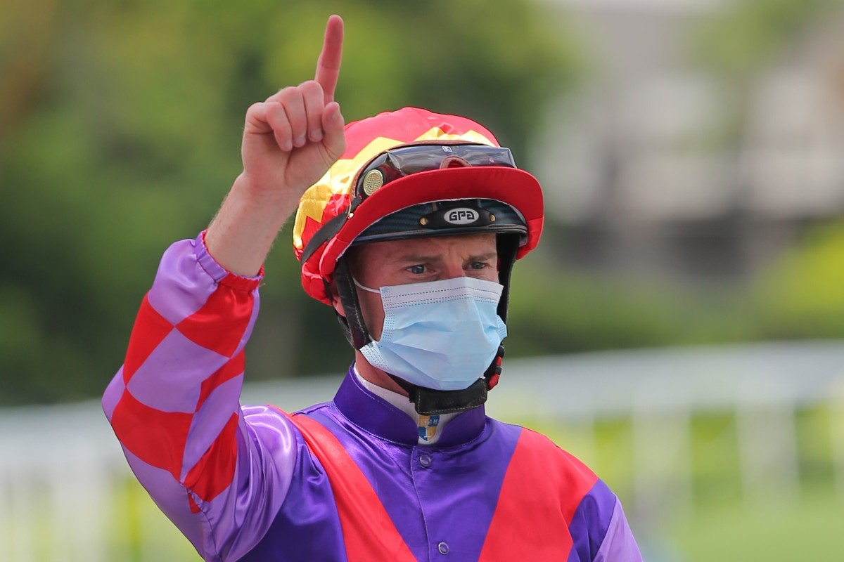 Zac Purton celebrates a winner. Photos: Kenneth Chan