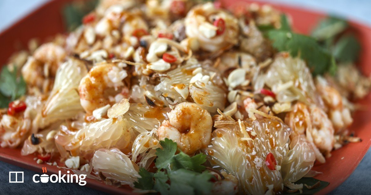 Pomelo salad with shrimp recipe - quick and easy
