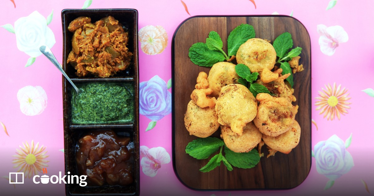 Indian fried potato fritters (aloo bonda) recipe