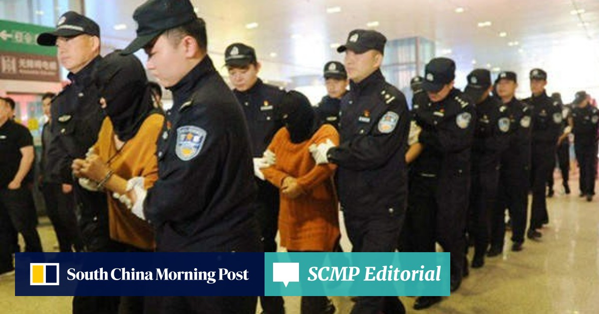 Chinese police smash ring of fraudsters who told victims
