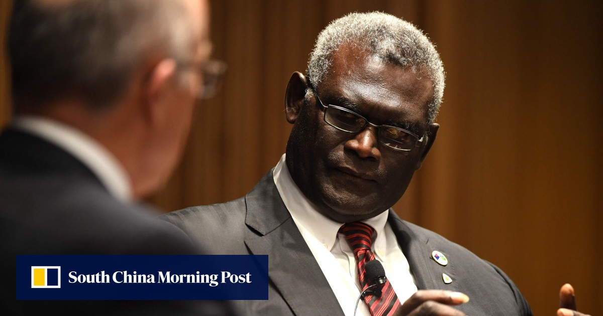 Violent protests break out in Solomon Islands as Manasseh Sogavare elected new prime minister