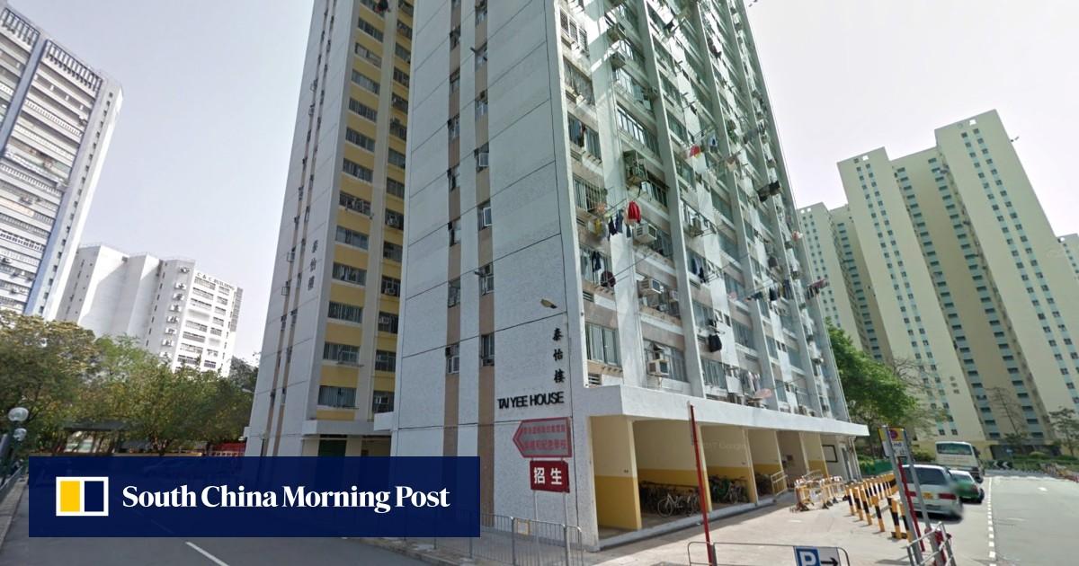 Naked Woman Flees Jealous Boyfriend Into Street In Hong Kongs Tai Po District, Arrest Follows -3114