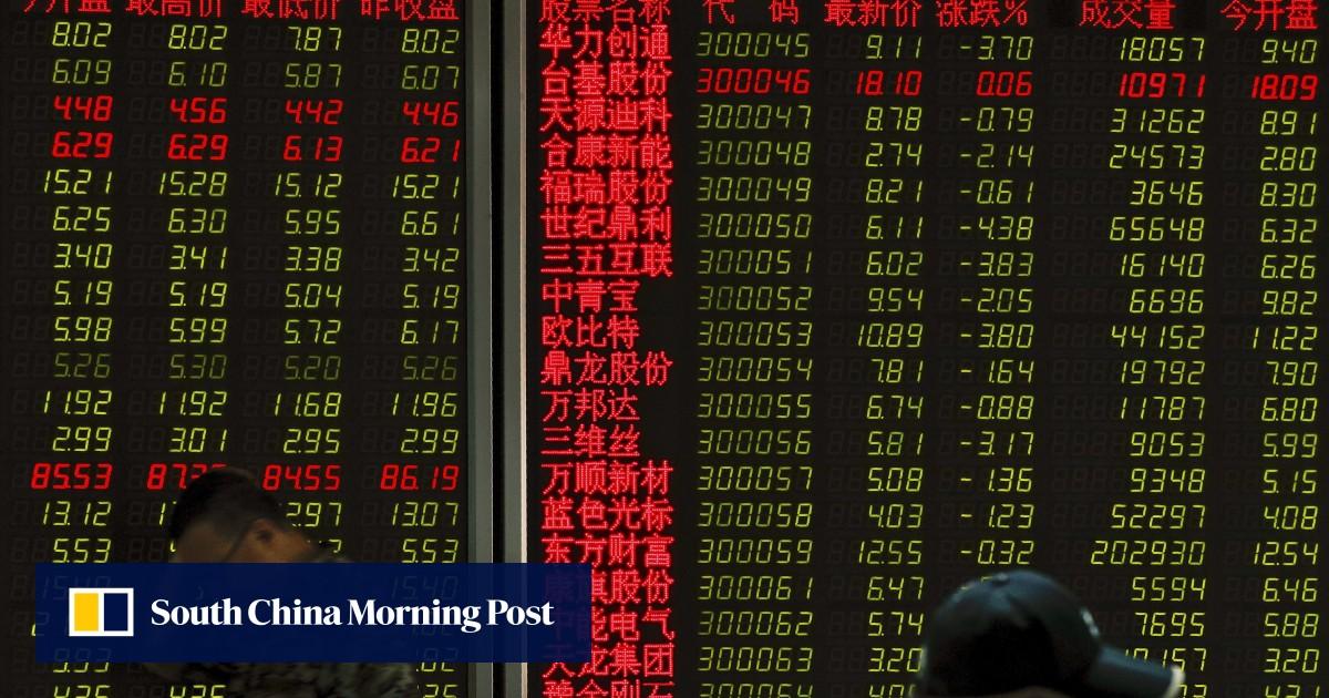 Shanghai falls while Hong Kong ekes out gain as oil glut worries surface