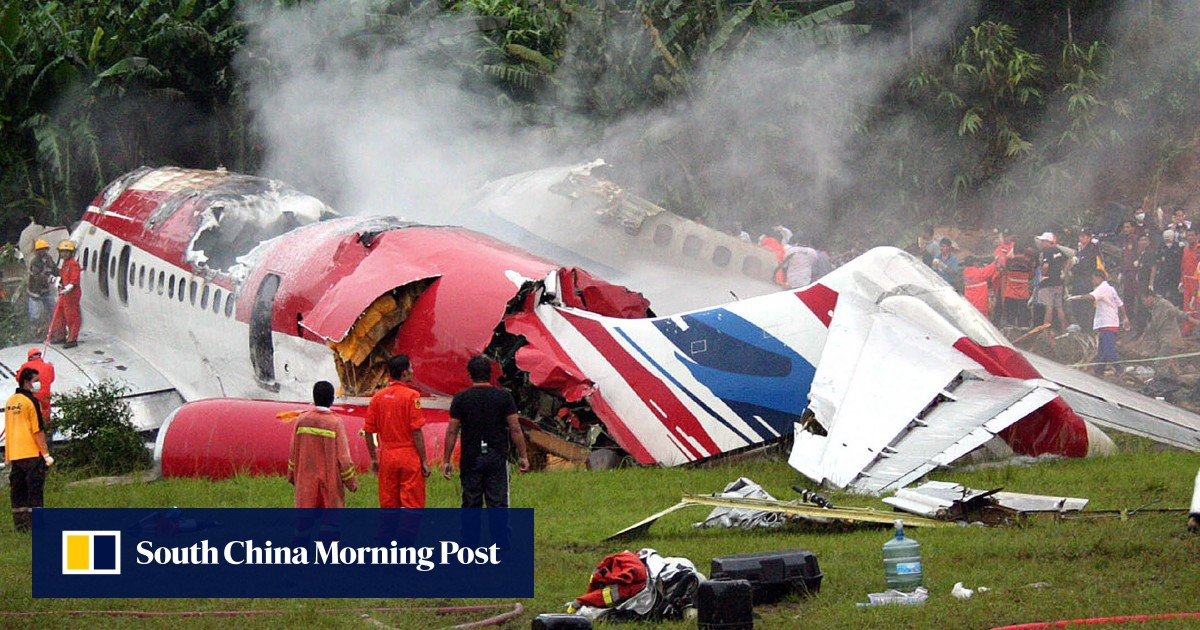 Thai budget airline boss on trial in Paris over 2007 One-Two-GO crash in Phuket that killed 90 people