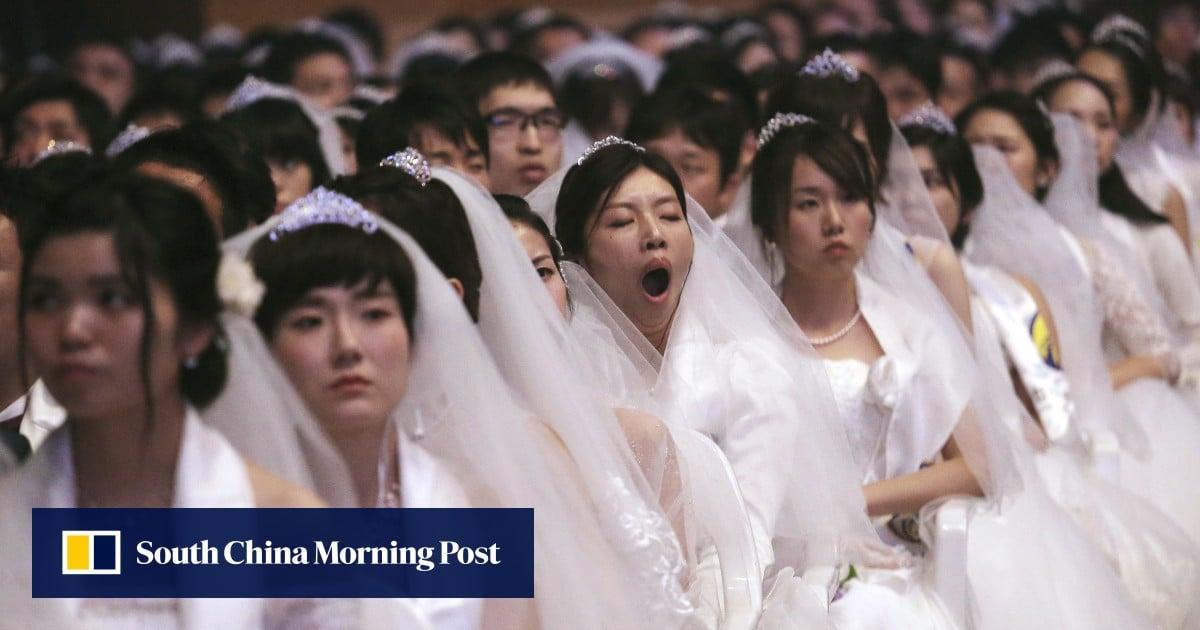 The feminist movement urging South Korean women to shun marriage