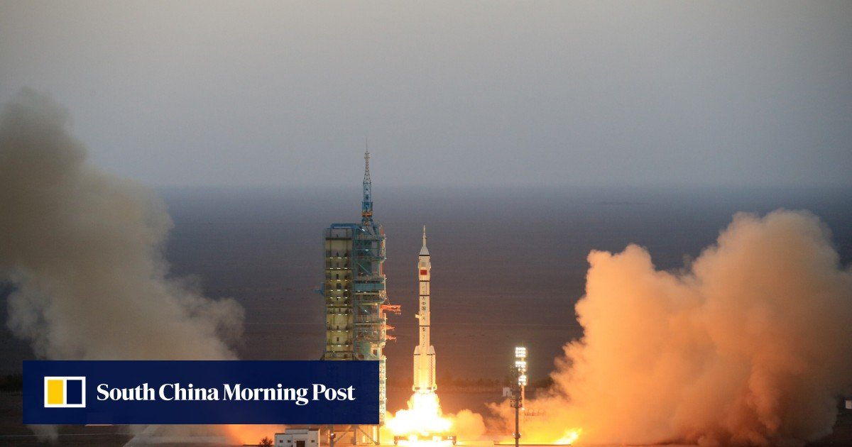 Mystery surrounds China's experimental spacecraft launch