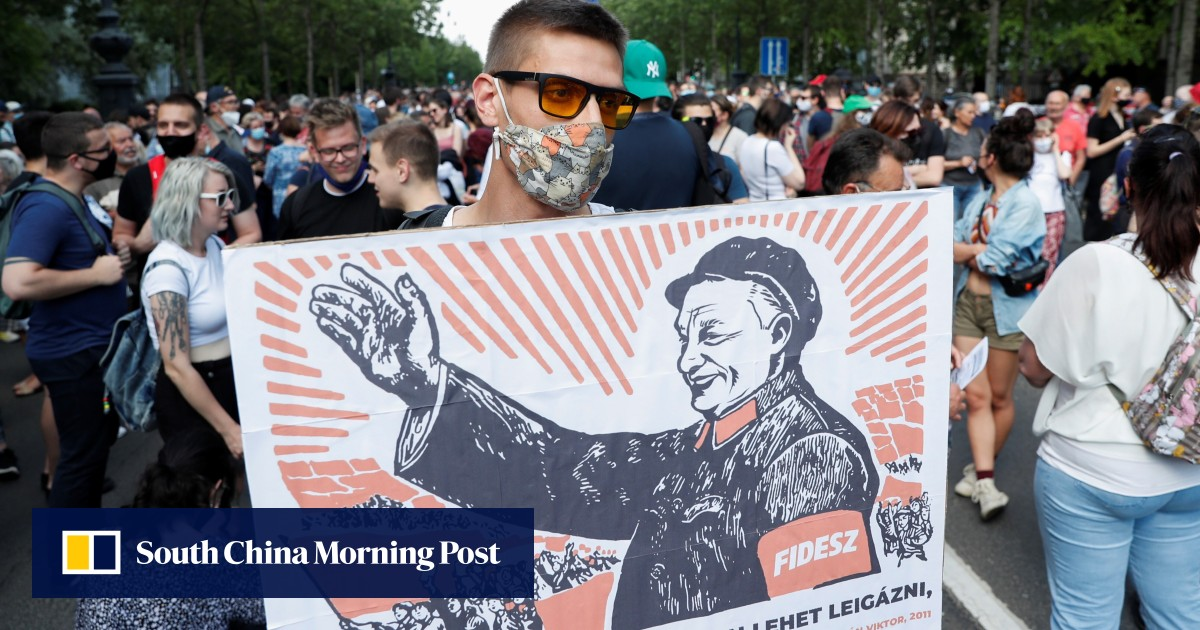 Hungary hints at delay to Chinese campus plan after weekend protests