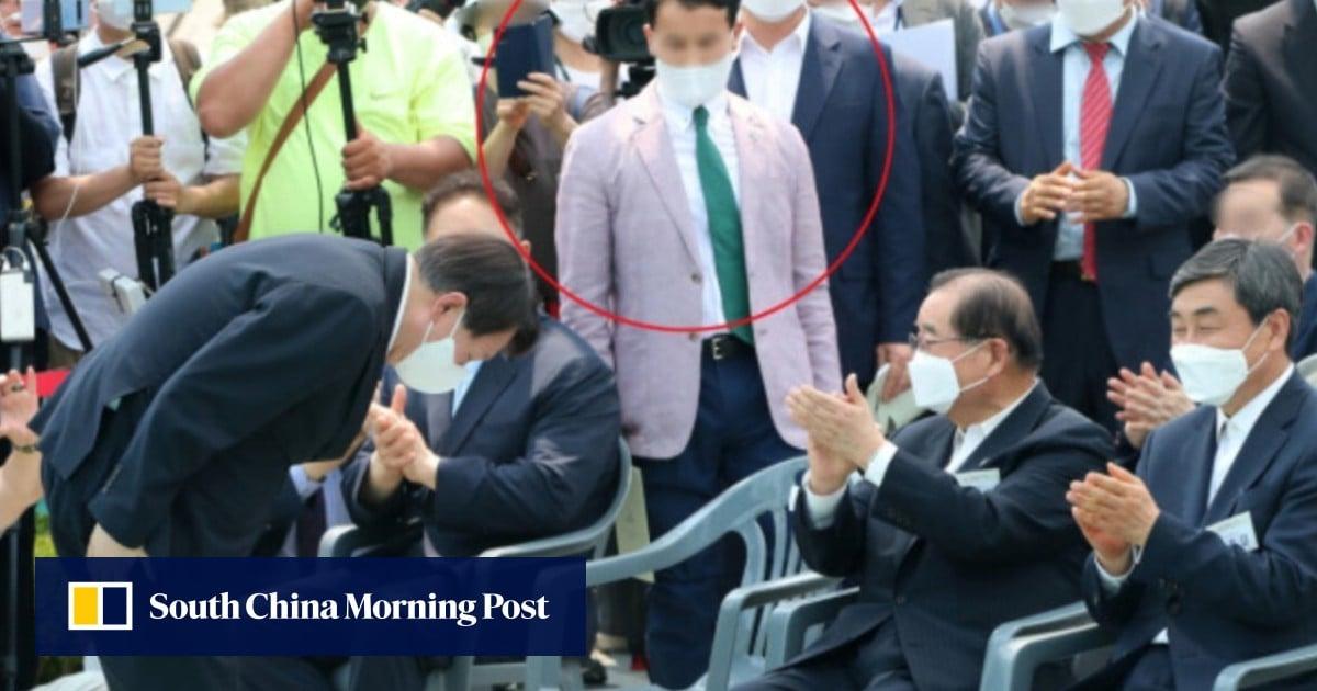 Rock bottom? Anal acupuncturist rocks South Korean presidential debate