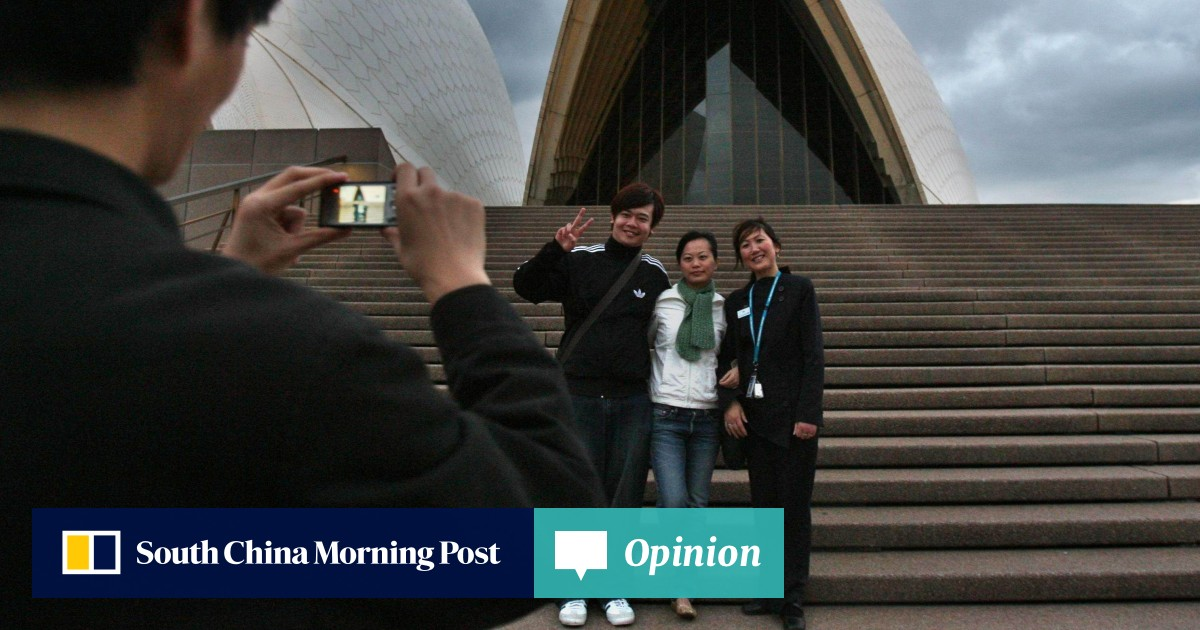 Why Australia wants Chinese tourists back despite worsening relations