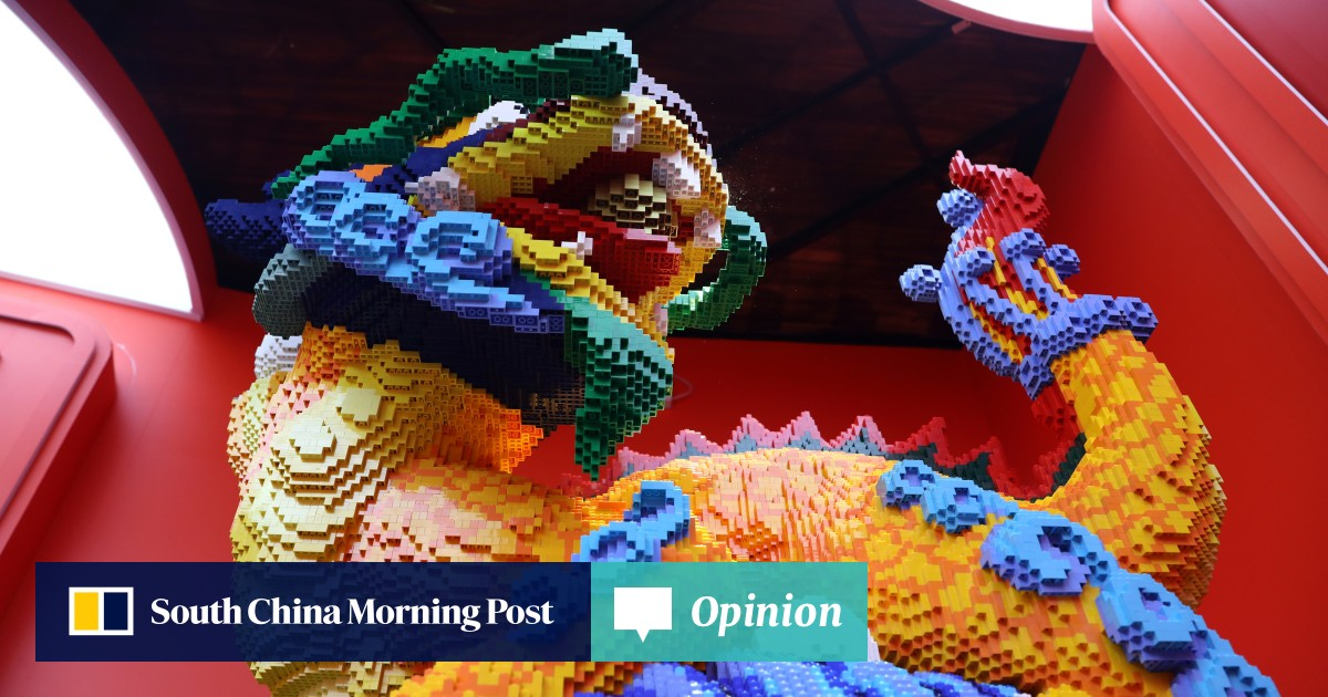 China landmarks in Lego: Great Wall, Forbidden City