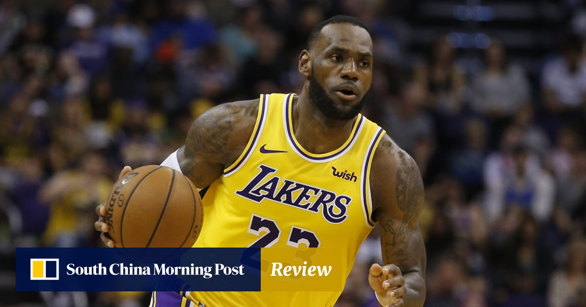 46e4d2f44af LeBron James questions Magic Johnson s  weird  departure from the Lakers