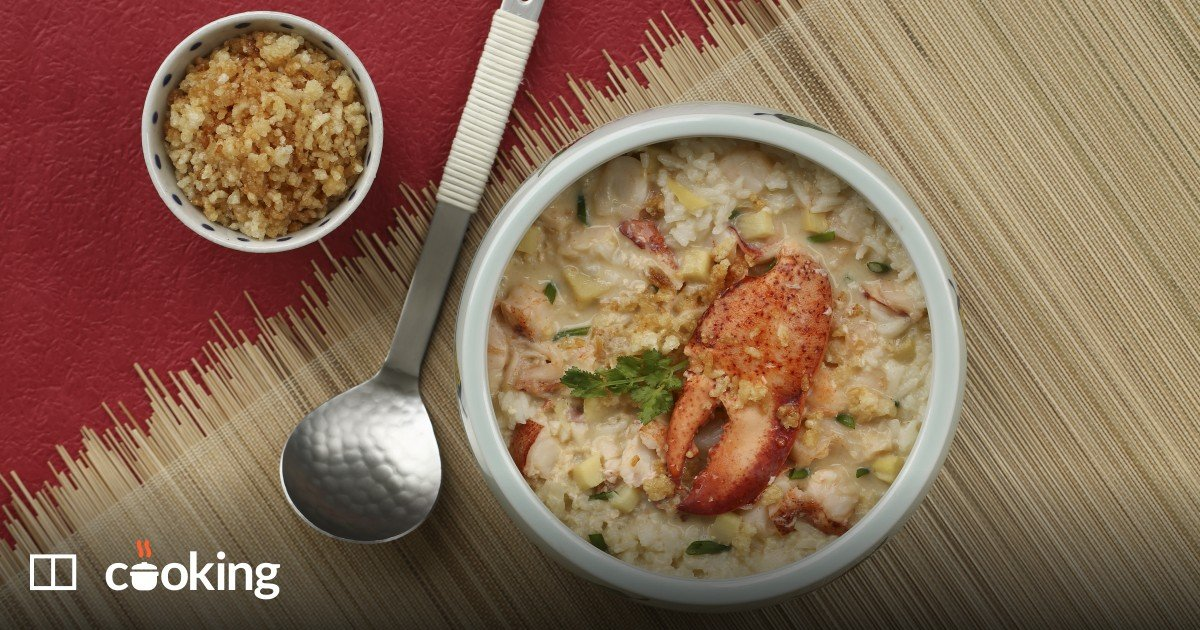 Chinese lobster and scallop soup
