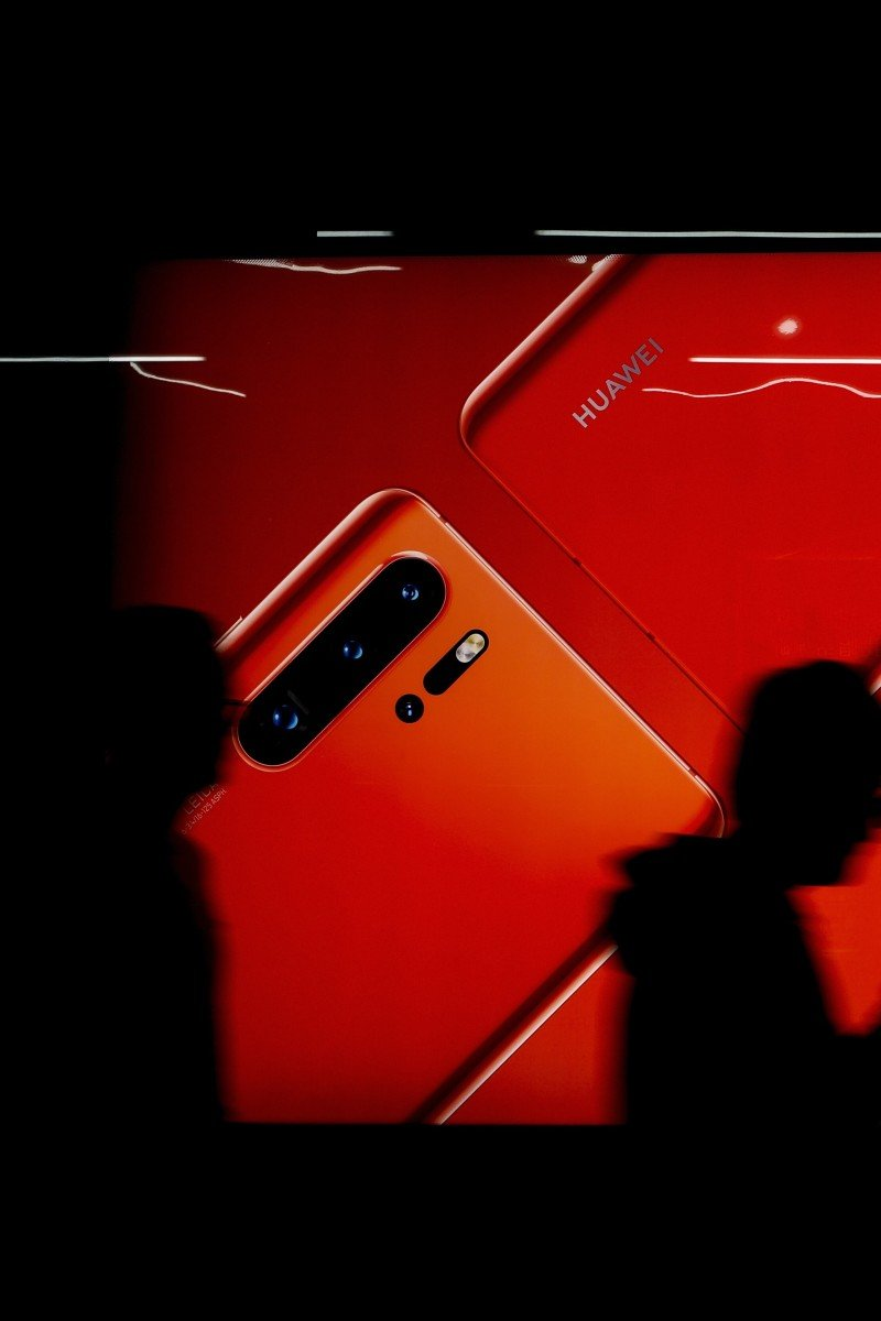 Rival phone brands Samsung, Xiaomi, Oppo to benefit from
