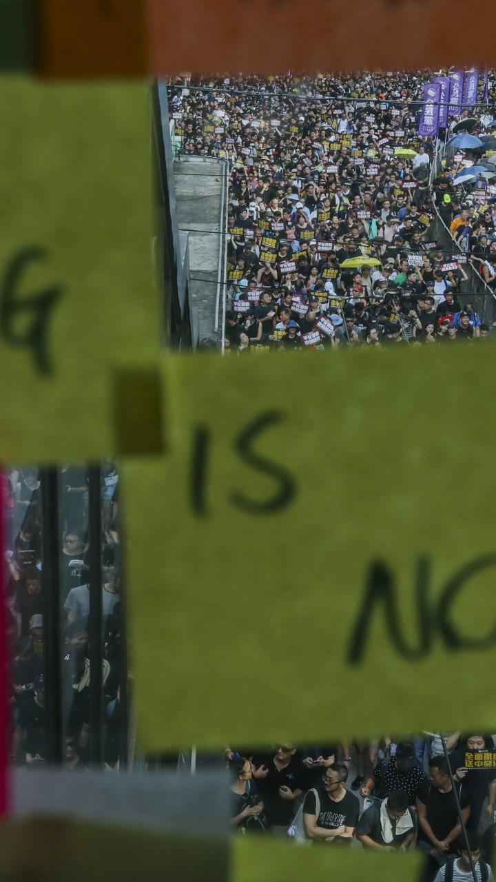 What Hong Kong protests look like from mainland China (Hint
