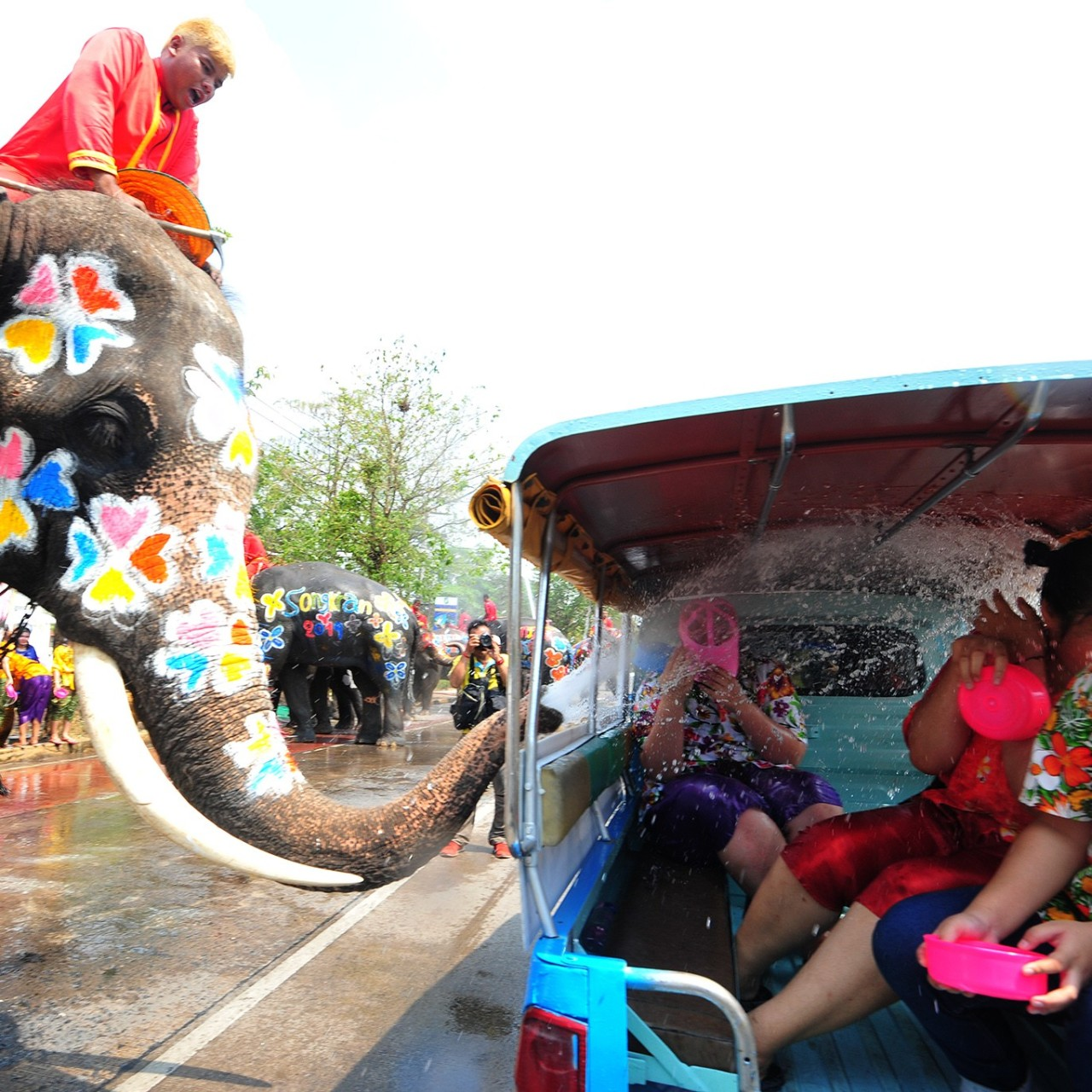 Thick smog leaves Chiang Mai's Songkran Thai New Year celebrations a