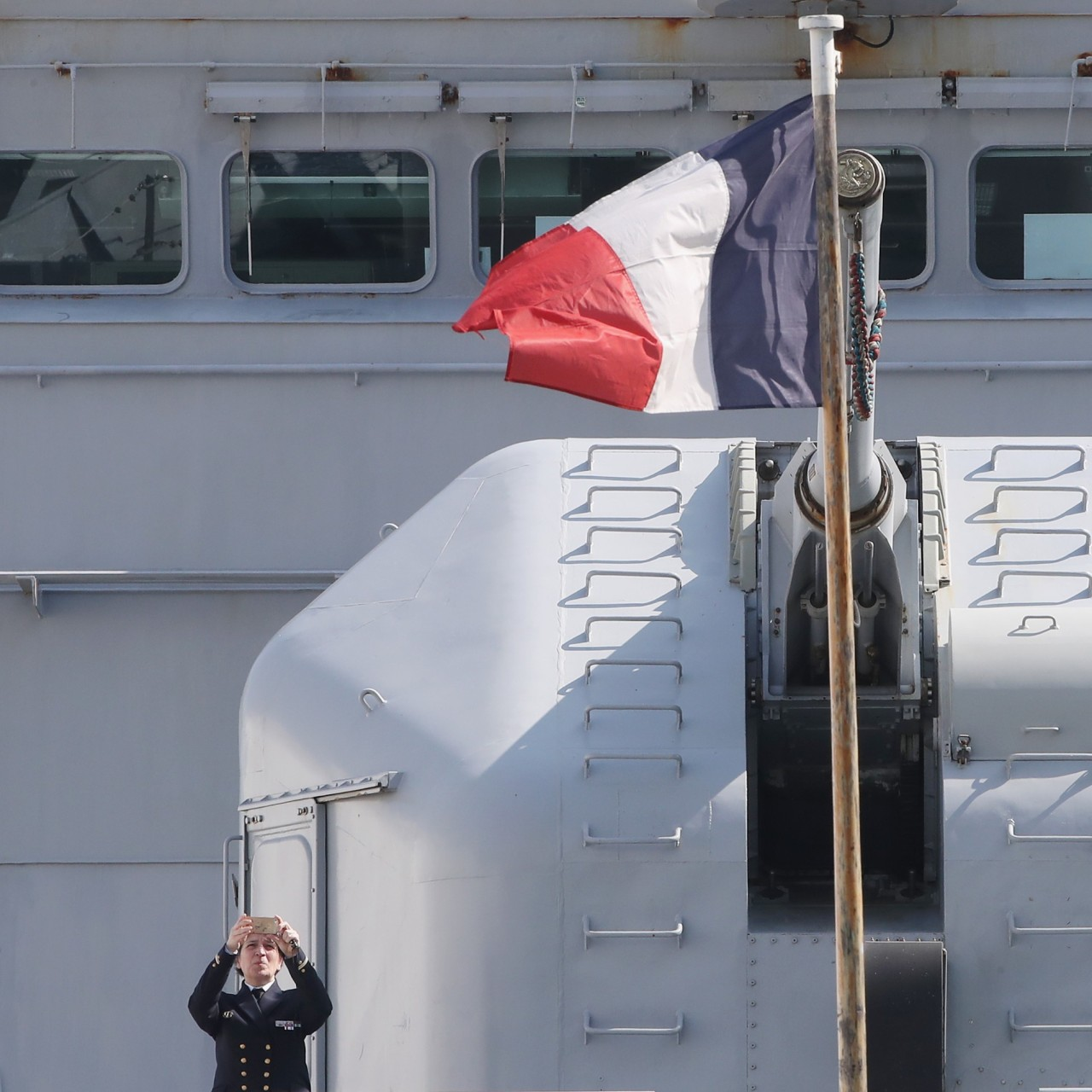 China withdraws PLA Navy anniversary invitation to French