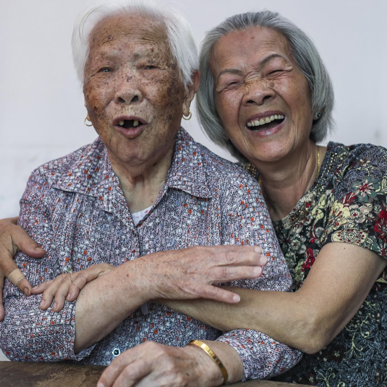 Hong Kong arranged marriage heartbreak: the bridal laments women