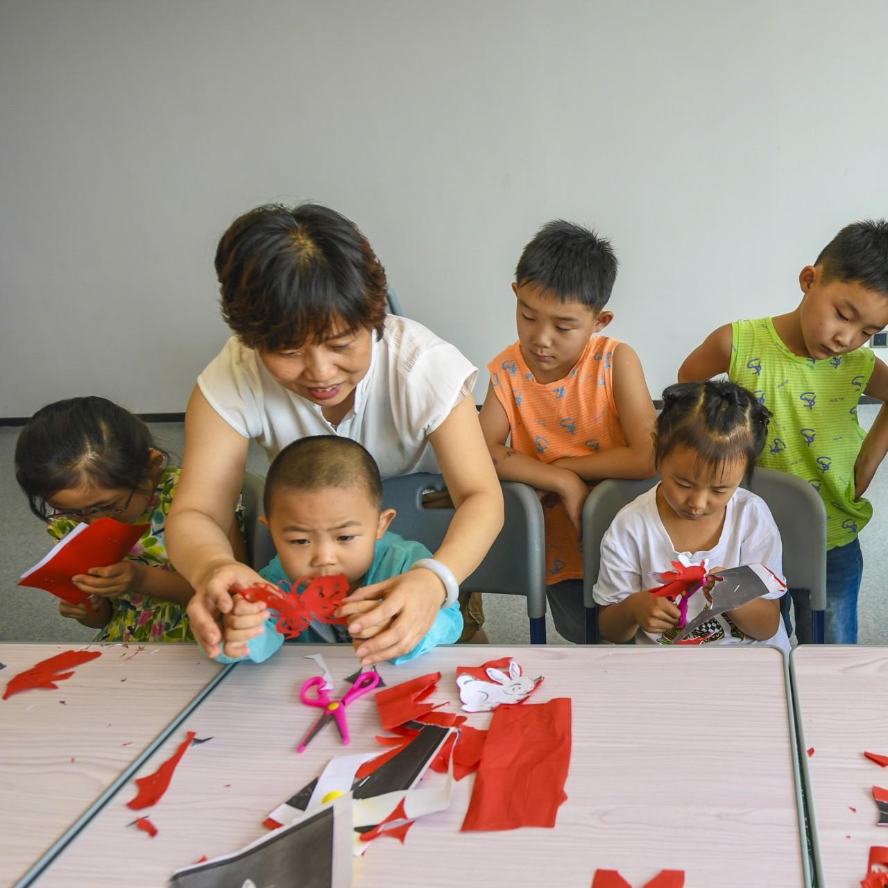 Red Leader X Child Reader
