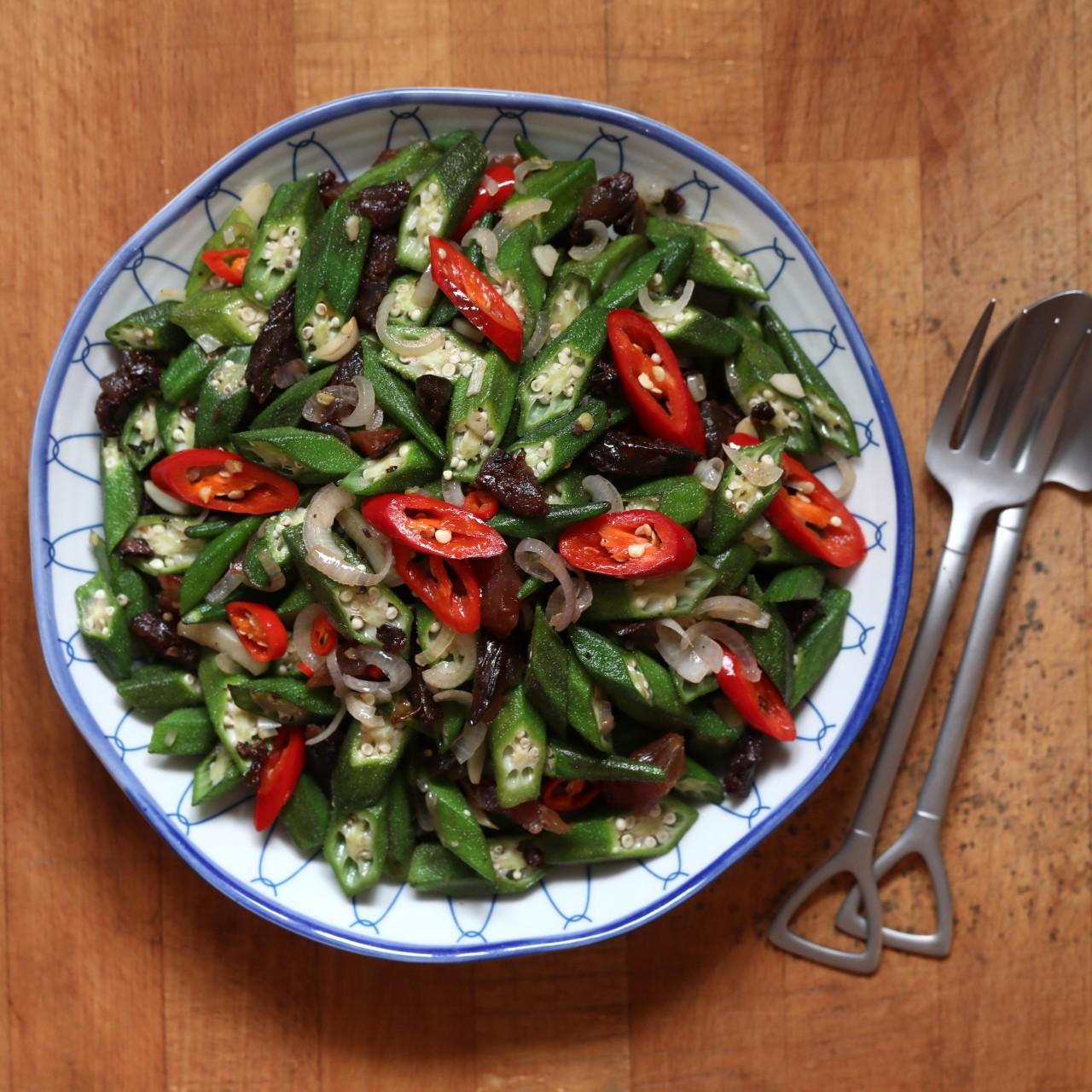 How to make Thai green papaya salad – Som Tam at its refreshing best
