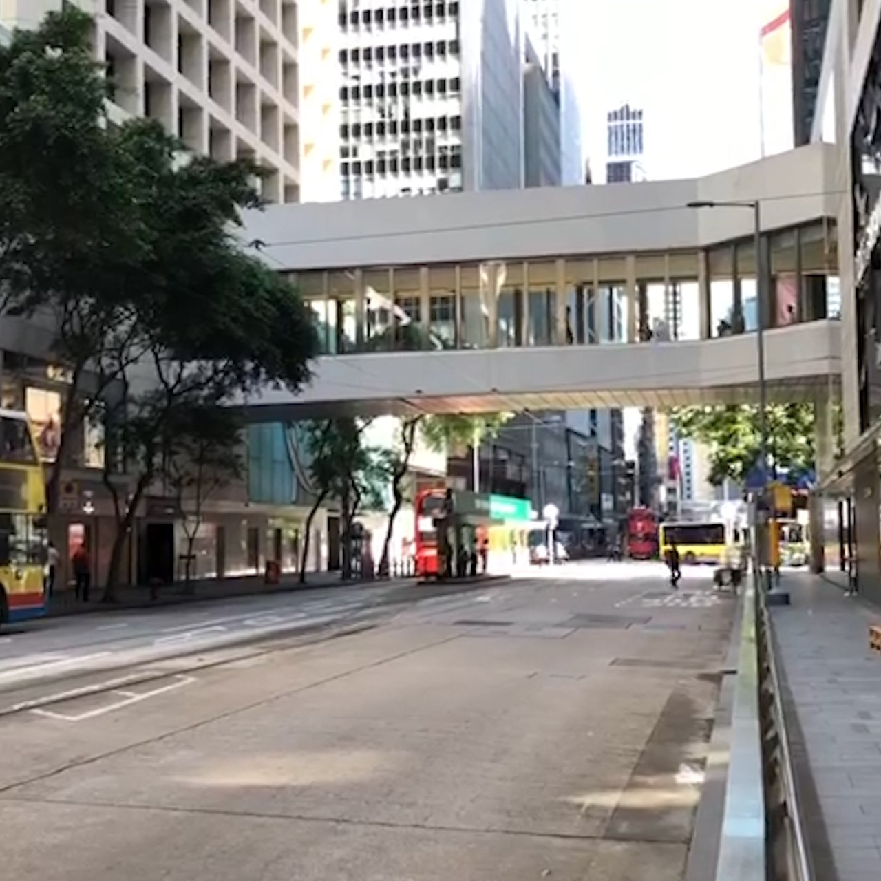 Road strike by KMB bus drivers' union over pay dispute ends before