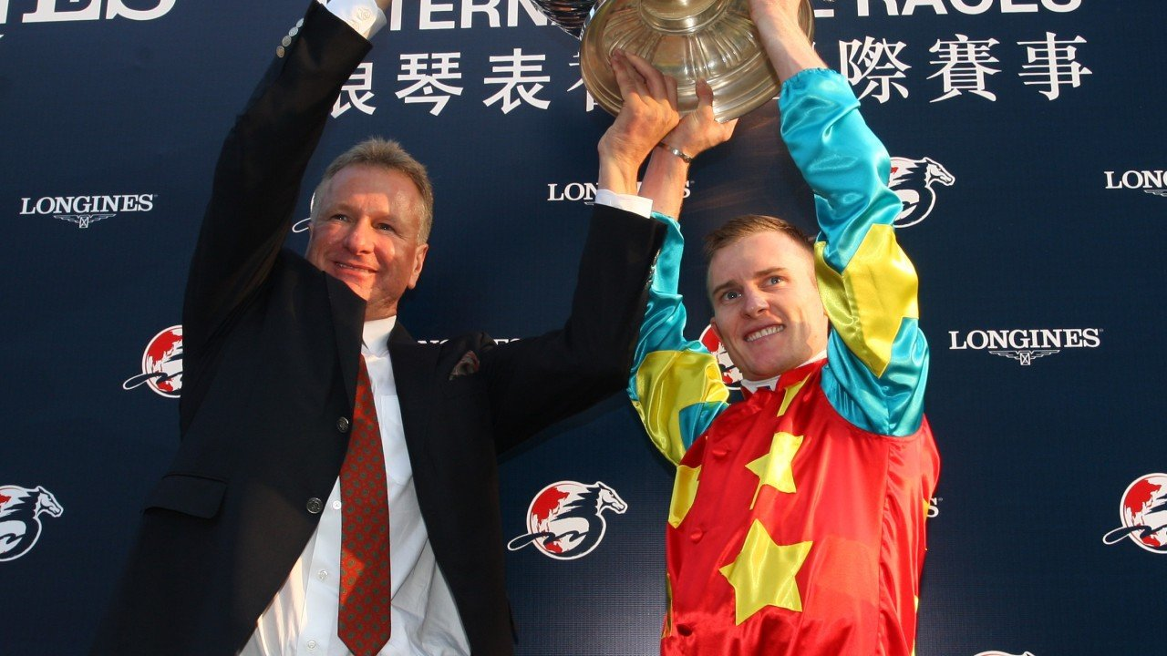 Race 7, Anthony Millard with Zac Purton, won the Hong Kong Mile(HK Group 1, 1600m) at Sha Tin on 09Dec12.