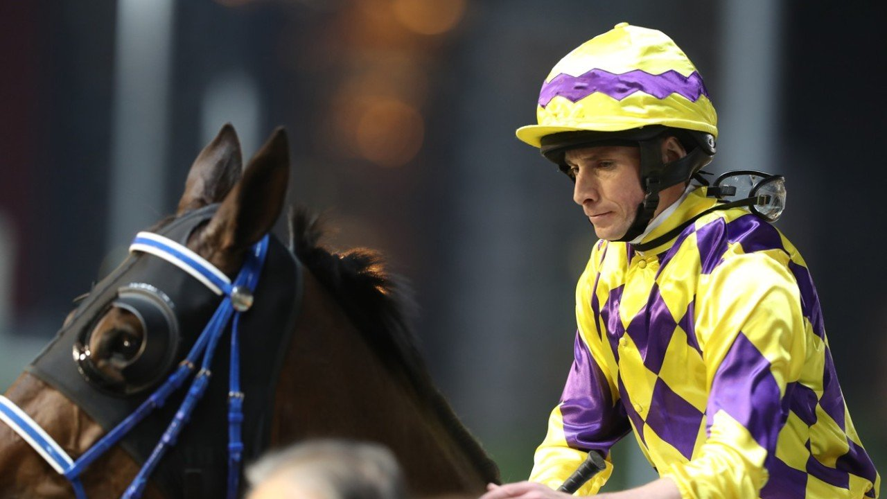 Race 3, Winning Feeling, ridden by Ryan Moore, won the class 4 over 1200m at Happy Valley on 04Dec19.