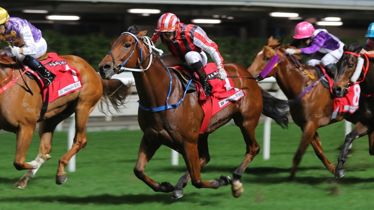 Race 7, Explosive Witness, ridden by Alexis Badel, won the class 2 over 1000m at Happy Valley. 25NOV20 SCMP / Kenneth Chan