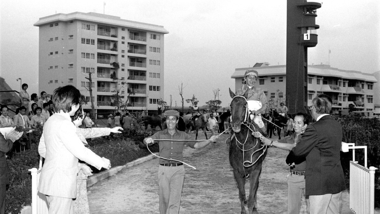 Peter Miers mounts Heiddoon Fashion after winning a Class 2 1,600-metre race at the Sha Tin Racecourse. It is the fifth win of Miers in the day. 18NOV78