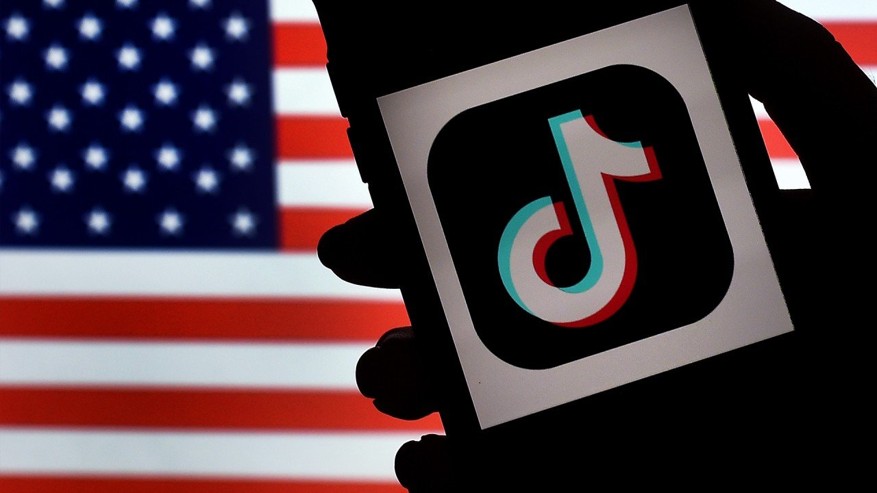 Stop offering 'untrusted' Chinese apps like TikTok and WeChat, Washington urges US tech companies